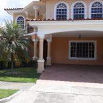 Hermosa Casa en Costa Bay – Costa del Este